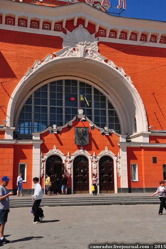 Chernihiv railway station, Ukraine, photo 6