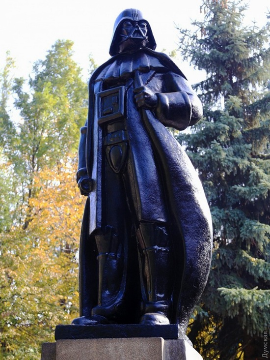Darth Vader monument, Odessa, Ukraine, photo 11