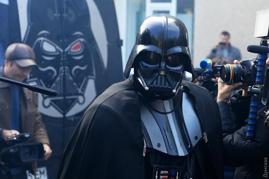 Darth Vader monument, Odessa, Ukraine, photo 6