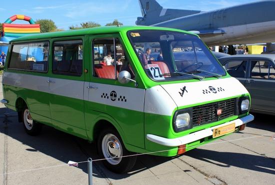 Old Car Fest 2015 in Kyiv, Ukraine, photo 24