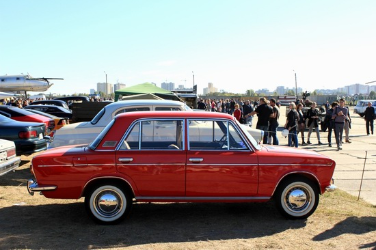 Old Car Fest 2015 in Kyiv, Ukraine, photo 3
