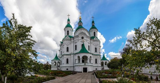 Cathedral of the Nativity of the Virgin in Kozelets, Chernihiv region, Ukraine, photo 1