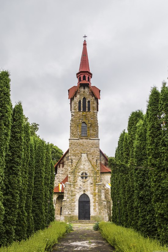 St. Anthony Catholic Church, Losyach, Ternopil region, Ukraine, photo 2