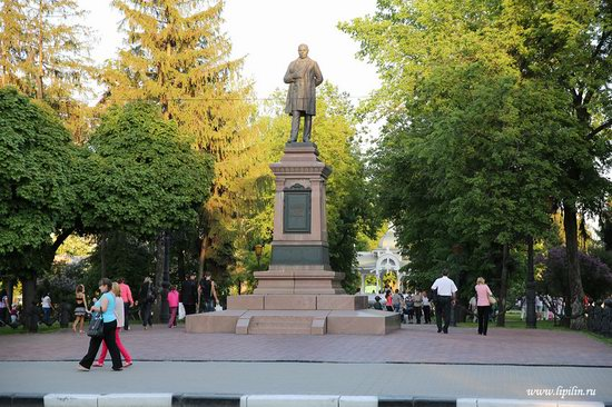 Walk through the streets of Sumy, Ukraine, photo 24