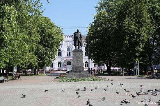 Walk through the streets of Sumy, Ukraine, photo 9