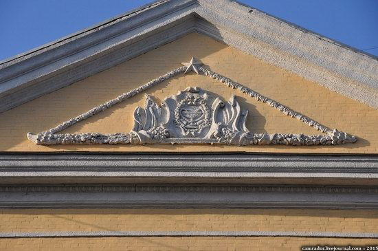 The monuments of Stalinist architecture in Zhitomir, Ukraine, photo 10