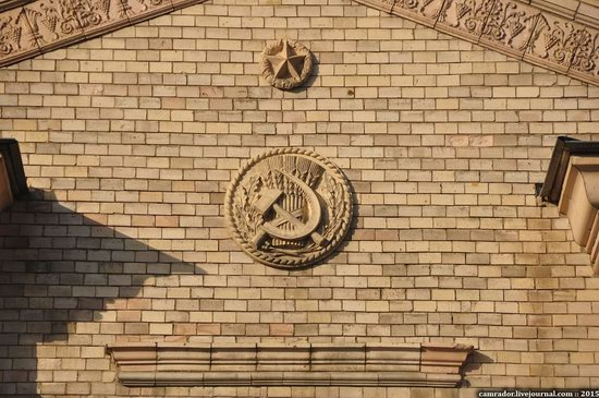 The monuments of Stalinist architecture in Zhitomir, Ukraine, photo 12