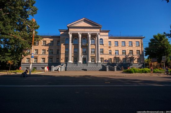The monuments of Stalinist architecture in Zhitomir, Ukraine, photo 4