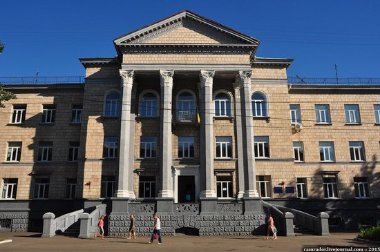 The monuments of Stalinist architecture in Zhitomir, Ukraine, photo 5