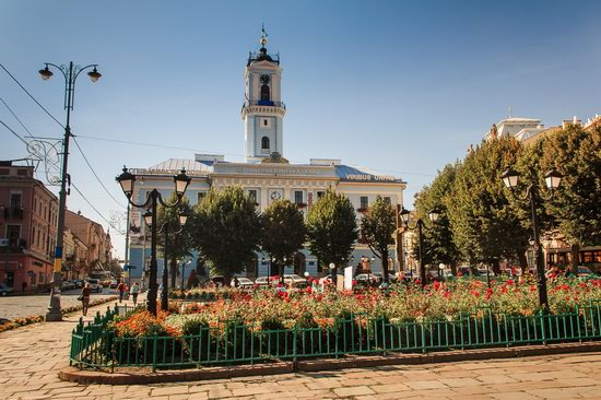 Chernivtsi city streets, Ukraine, photo 1