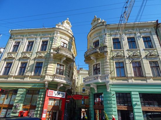 Chernivtsi city streets, Ukraine, photo 19