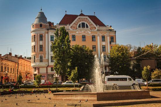 Chernivtsi city streets, Ukraine, photo 5