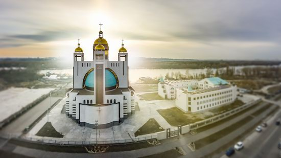 Patriarchal Cathedral of the Resurrection of Christ in Kyiv, Ukraine, photo 14