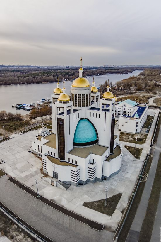 Patriarchal Cathedral of the Resurrection of Christ in Kyiv, Ukraine, photo 4