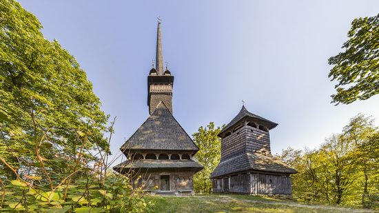 Gothic wooden church in Danilovo, Zakarpattia region, Ukraine, photo 1