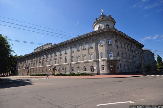 Sunny day in Chernihiv, Ukraine, photo 11