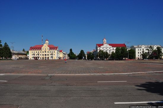 Sunny day in Chernihiv, Ukraine, photo 13