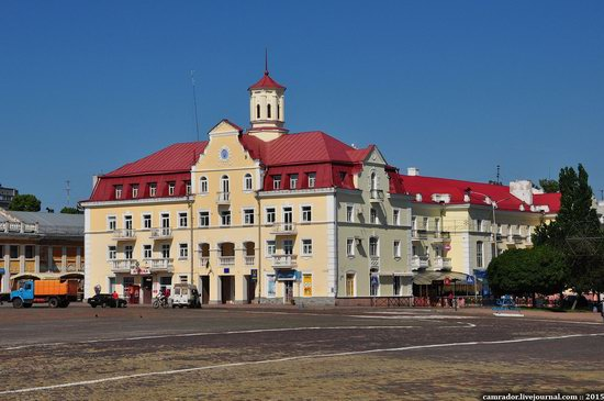 Sunny day in Chernihiv, Ukraine, photo 14
