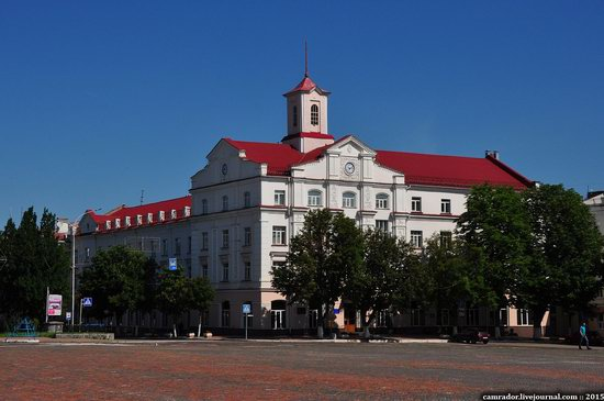 Sunny day in Chernihiv, Ukraine, photo 15