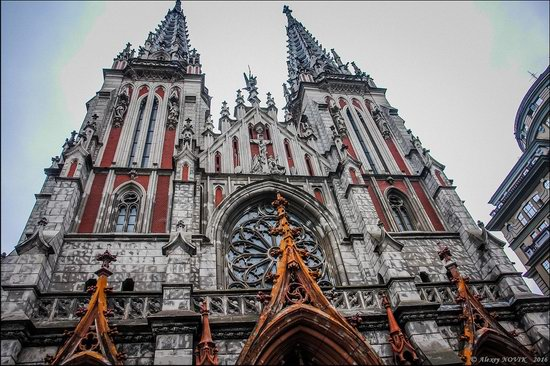 Gothic Cathedral of St. Nicholas, Kyiv, Ukraine, photo 1