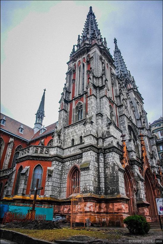 Gothic Cathedral of St. Nicholas, Kyiv, Ukraine, photo 3
