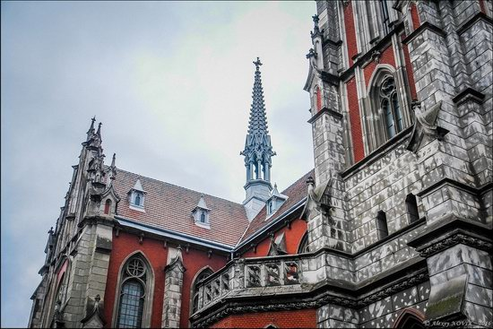 Gothic Cathedral of St. Nicholas, Kyiv, Ukraine, photo 4