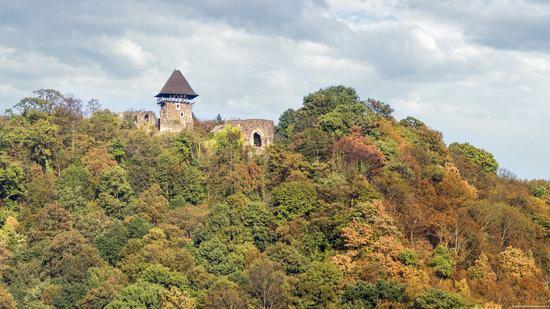 The ruins of Nevytsky Castle, Zakarpattia region, Ukraine, photo 1