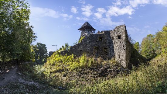 The ruins of Nevytsky Castle, Zakarpattia region, Ukraine, photo 2