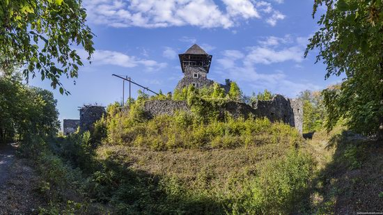 The ruins of Nevytsky Castle, Zakarpattia region, Ukraine, photo 3