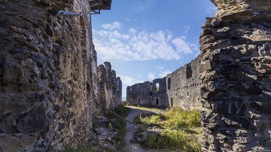 The ruins of Nevytsky Castle, Zakarpattia region, Ukraine, photo 6