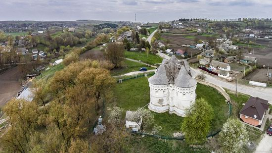 Holy Protection Fortress-Church, Sutkivtsi, Ukraine, photo 1