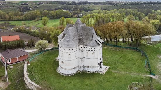Holy Protection Fortress-Church, Sutkivtsi, Ukraine, photo 4