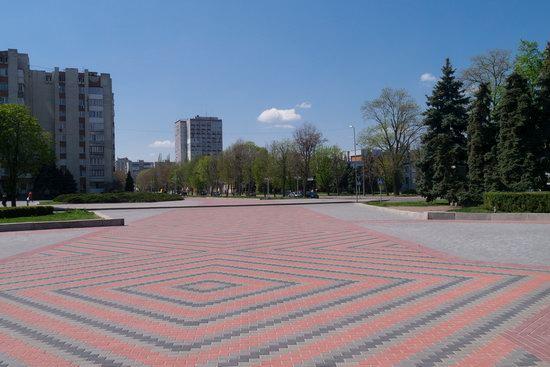 Khreshchatyk Street in Cherkasy, Ukraine, photo 13