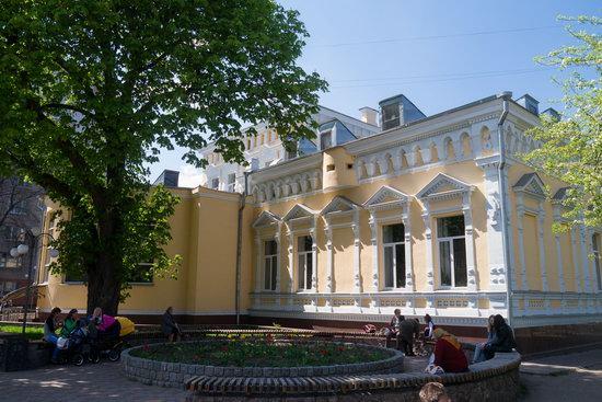 Khreshchatyk Street in Cherkasy, Ukraine, photo 2