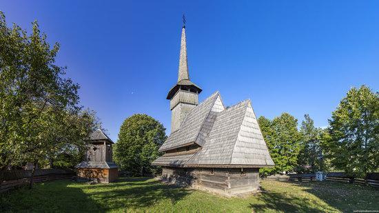 Church of the Dormition, Novoselytsya, Ukraine, photo 3