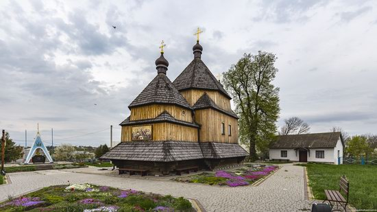 St John the Evangelist Church, Skoryky, Ukraine, photo 2
