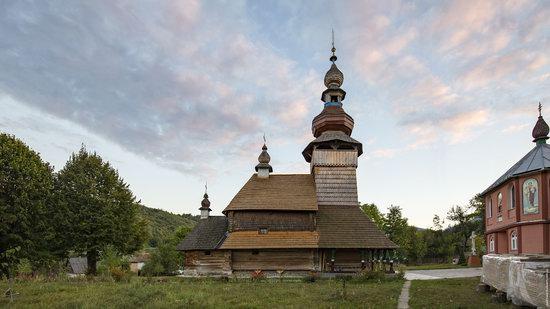 St. Michael Church, Svalyava, Zakarpattia, Ukraine, photo 2