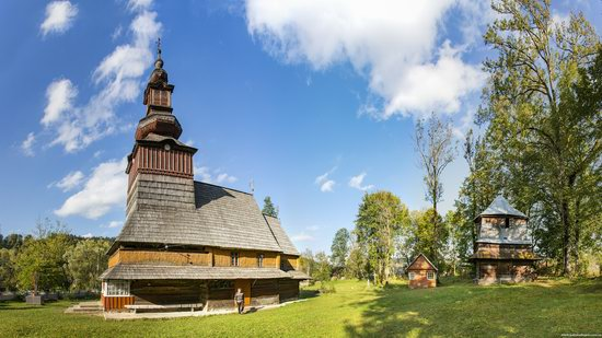 Church of the Nativity of the Virgin in Pylypets, Ukraine, photo 1