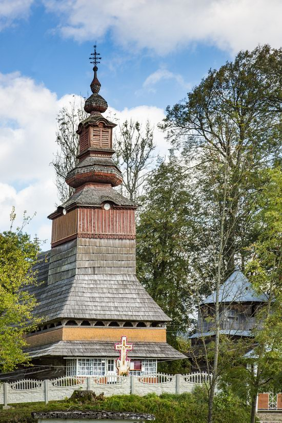 Church of the Nativity of the Virgin in Pylypets, Ukraine, photo 4