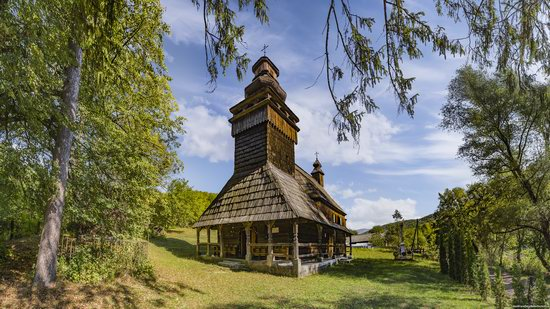 St. Nicholas Church, Chornoholova, Ukraine, photo 1