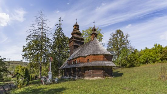 St. Nicholas Church, Chornoholova, Ukraine, photo 4