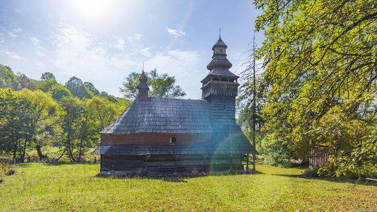 St. Nicholas Church, Chornoholova, Ukraine, photo 7