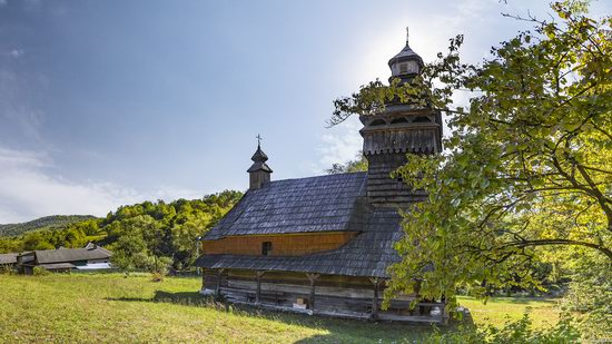 St. Nicholas Church, Chornoholova, Ukraine, photo 8