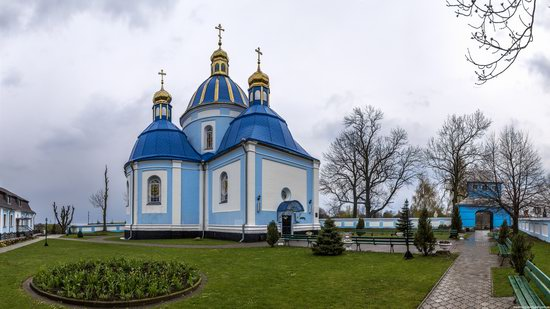 Nizkinitsky Assumption Monastery, Novovolynsk, Ukraine, photo 2