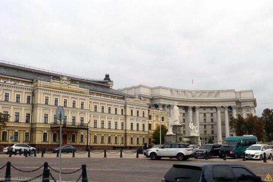 In the center of Kyiv, Ukraine, photo 5