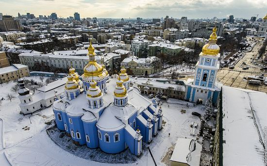 Winter in St. Michael Golden-Domed Monastery, Kyiv, Ukraine, photo 1