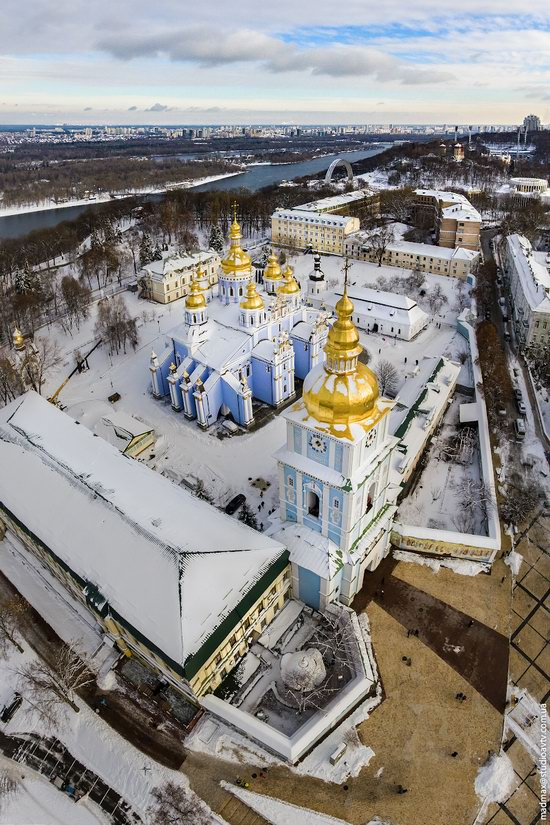 Winter in St. Michael Golden-Domed Monastery, Kyiv, Ukraine, photo 2