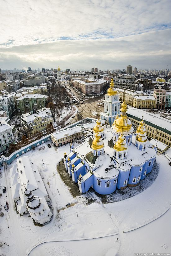Winter in St. Michael Golden-Domed Monastery, Kyiv, Ukraine, photo 5