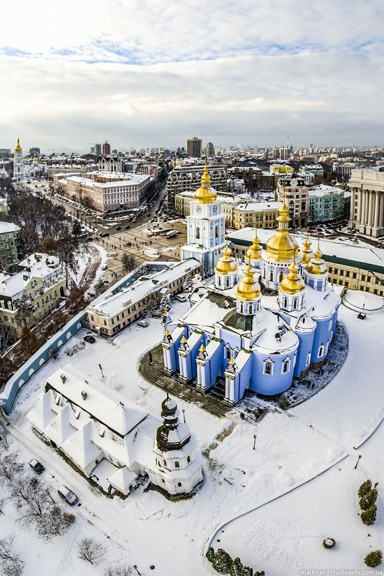 Winter in St. Michael Golden-Domed Monastery, Kyiv, Ukraine, photo 6