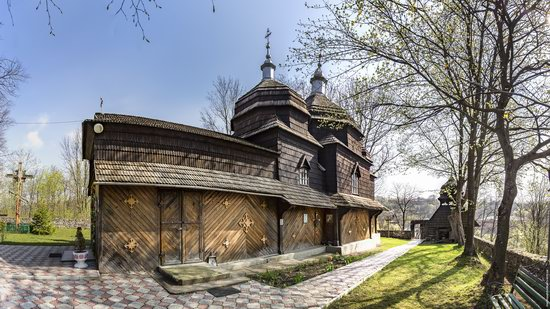 Wooden St. Nicholas Church, Sapohiv, Ukraine, photo 10